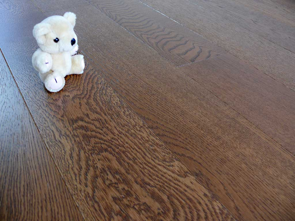 Wwf h126 hdf brushed smoked and lacquered wholesale wood for Wholesale wood flooring