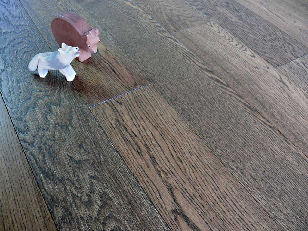 Wwf h127 hdf brushed brown and lacquered wholesale wood for Wholesale wood flooring