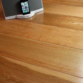 Lacquered Engineered Oak